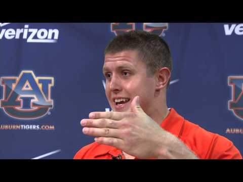 Auburn Defensive End Craig Sanders