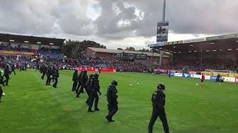 Holstein Kiel - St. Pauli | PLATZSTURM | 1. Reihe