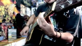 Nuno- Spike In My Veins [Korn Acoustic Cover]