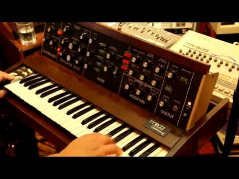 """Phil, my pet tuna"" - 1970s style Disco Funk with organ and Minimoog"