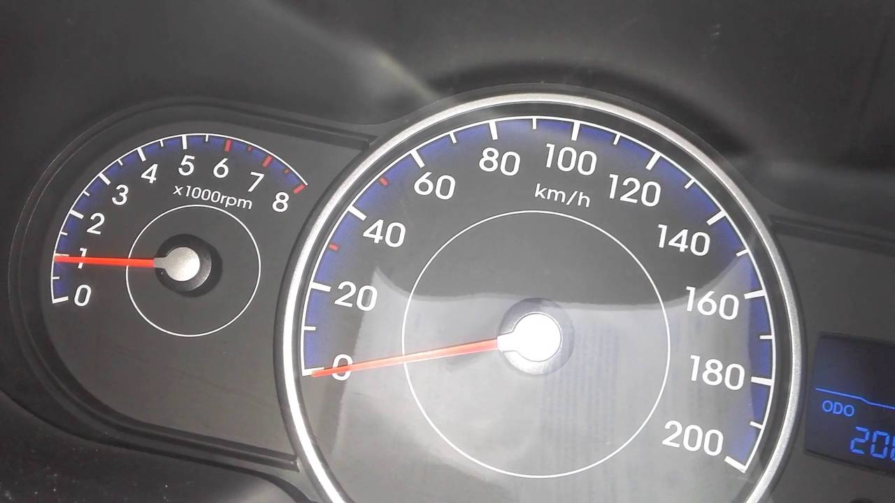 Rpm Hyundai i10 increase automatically