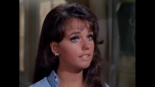 "Video DAWN WELLS - ""I'm Too Sexy"" download MP3, 3GP, MP4, WEBM, AVI, FLV Agustus 2018"