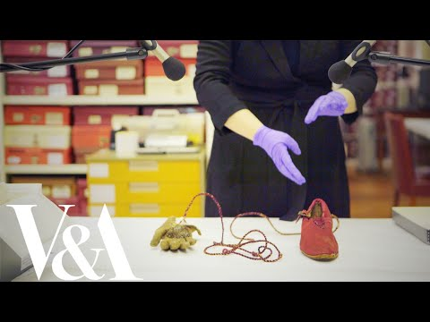 ASMR at the V&A – 1 / Charlie Chaplin and Henry Irving