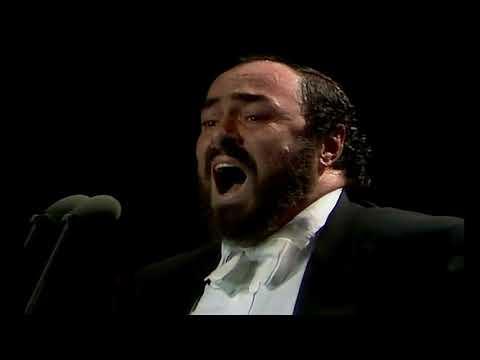 Pavarotti Una Furtiva Lagrima in Andrea Griminelli e Luciano Pavarotti Palatrussardi di Milano 1990