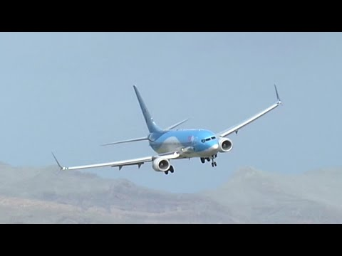 Most Amazing landing!!! Tuifly  incident to landing