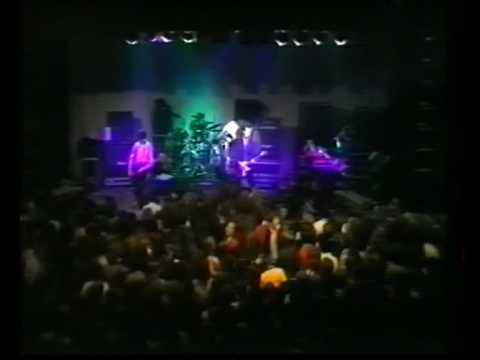 The Stranglers - Hanging around live 1978 (HQ)