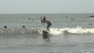 あずさしおたにサーフィンschoolの練習風景の一コマです サーフィンscho...