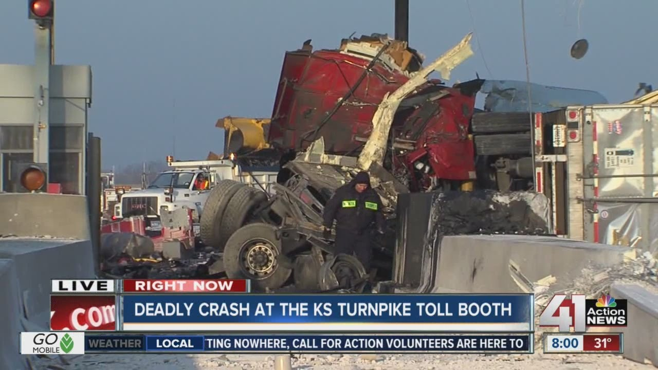 Deadly crash at the Kansas Turnpike toll booth