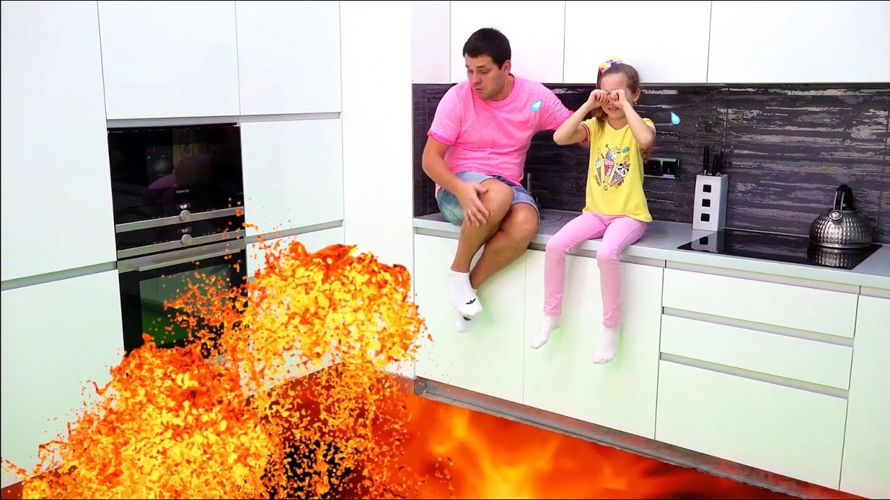 Download Dad saves Sofia and Max from lava! The Floor is lava challenge!