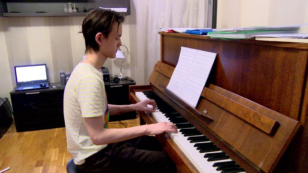 посмотрите произведение МИХАИЛА для фортепиано