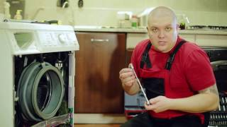 Замена амортизаторов в стиральной машине Miele(Нам снова повезло сделать видео у «живого» клиента. Теперь мы меняли амортизаторы в стиральной машинке..., 2016-12-09T18:20:40.000Z)