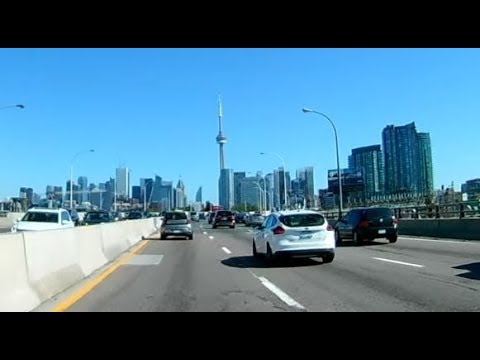 Canada's Biggest City: TORONTO - a leisure drive around the skyline
