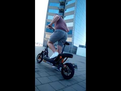 Electric scooter burn out in Barcelona