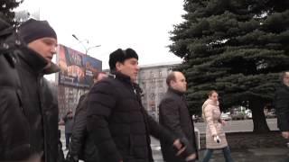 «Могильные оградки» с улиц Новокузнецка уберут, «Коммунар» отремонтируют(, 2013-11-15T10:07:55.000Z)