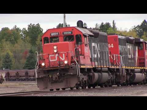 Fall Road Trip Day 3, Part 2 - More Twin Ports/Iron Range Action w/ EMDs & Leslies! 10/5/2017