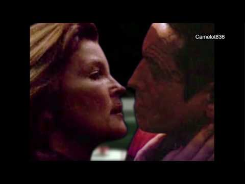 Janeway/Chakotay - You and I Tonight (dinner date and kiss manip)