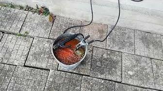 Почистване на ръжда чрез електролиза.
