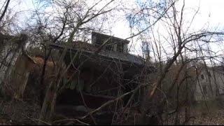 Exploring Abandoned Neighborhood!!