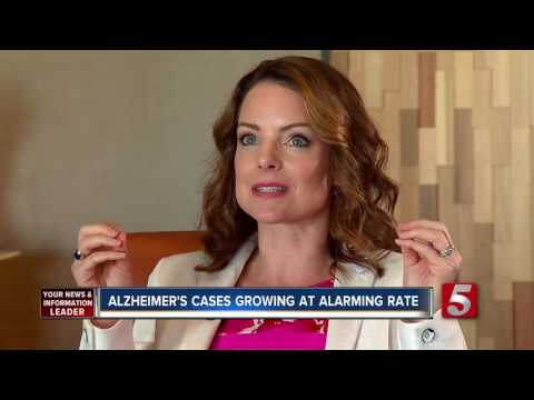 Kimberly Williams Opens Up On Caring For Her Mother And Alzheimer's Disease