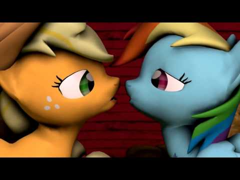 Applejack dan Rainbow Dash Have A Hoof Bergulat