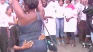 Video Black Crackhead Dry Humpin A Woman In Public! download MP3, 3GP, MP4, WEBM, AVI, FLV Juli 2018