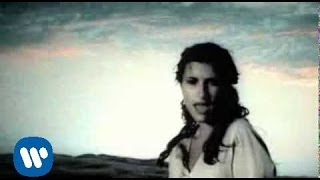 Laura Pausini - Un'emergenza D'Amore (Official Video)