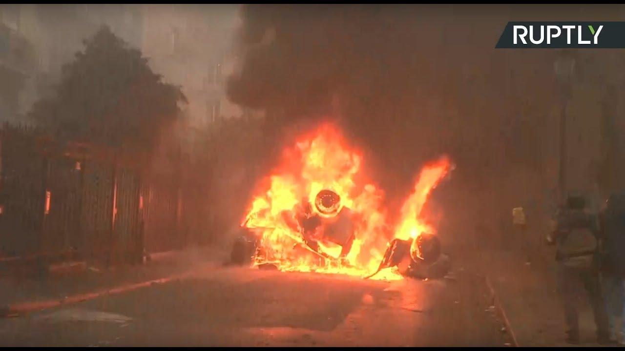 «Макрон, в отставку»: во Франции проходят протесты «жёлтых жилетов»