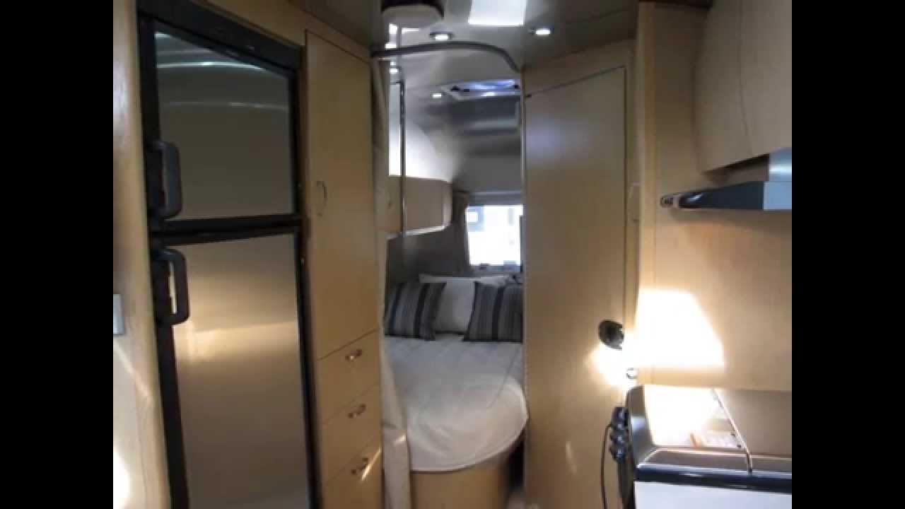 Airstream Trailer For Sale >> 2013 Airstream Flying Cloud 30FB Bunkhouse Mochablue Bunks ...