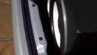 Tomahawk Turbo Bass 650 rms + taramps 2.0k + boss 30 f