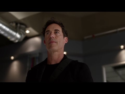 "Harrison ""Harry"" Wells Funny Moments from The Flash Season 2"