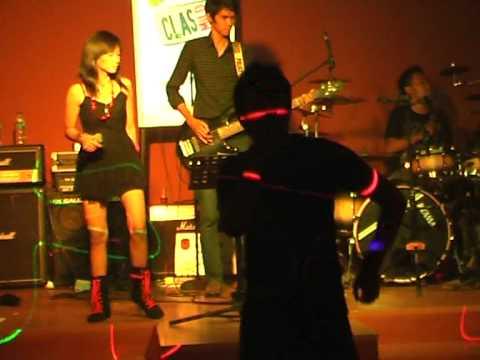 Stiffrolic Band