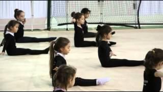 Svetlana hoca ve minikler.Ritmik cimnastik.