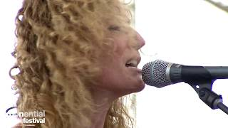 "Kathleen Edwards - ""Back to Me"" (2019 XPoNential Music Festival)"