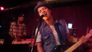 "Bruno Mars - The Other Side ""Live@ Kellerklub"""