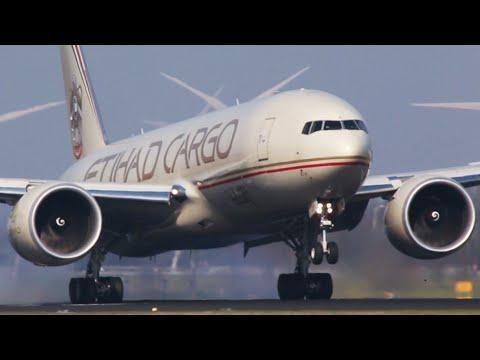 Boeing 777 vs. McDonnel Douglas MD-11