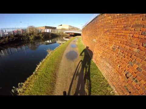 Birmingham Main Line Canal heading into Wolverhampton