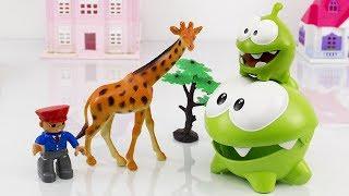 Пригоди Ам Няма і Ам Нямчика в зоопарку. Іграшки для дітей