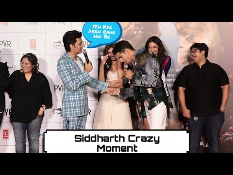 siddharth-and-ritiesh-hilarious-moment-at-marjaavaan-trailer-launch