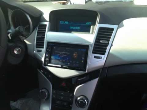 chevy cruze 2 15s pioneer double din - YouTube