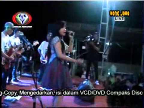 Cinta Yang Palsu - Rere Amora - Wong Jowo Live Dawar Blandong New 2015