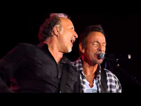 Bruce Springsteen w/Joe Grushecky - Frankie Fell In Love