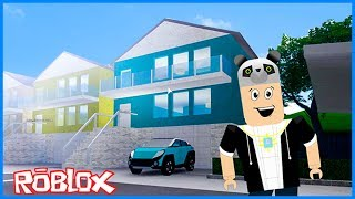 Mirando a las nuevas casas y coches - Roblox Pacifico Real Life