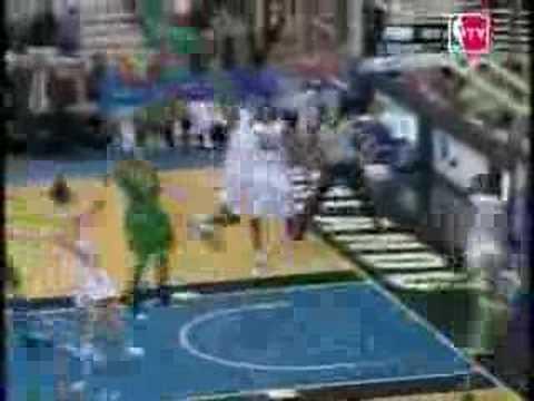 Top 10 Dunks of the 2005/06 NBA season