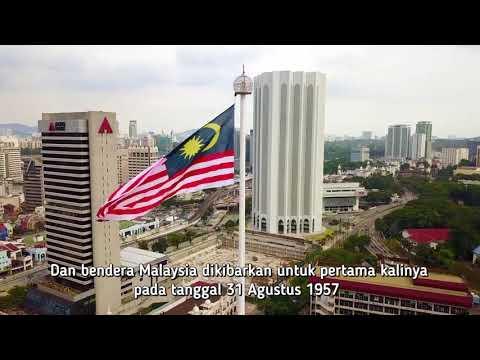 asyiknya-jalan–jalan-di-dataran-merdeka-malaysia-|-wisata-halal-cheria-holiday