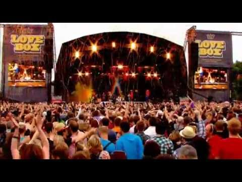 Scissor Sisters - Live in Victoria Park (2011)