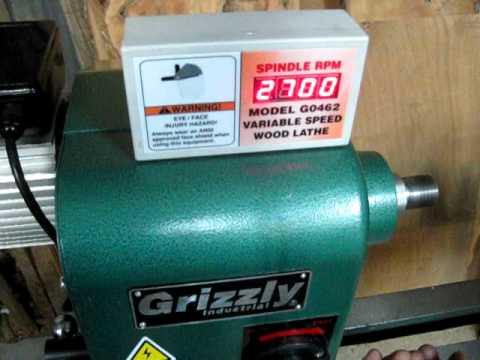 Grizzly G0462 Wood Lathe - YouTube