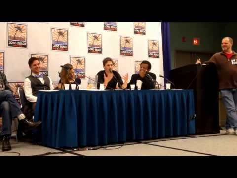 Young Justice Voice Acting Panel: Kid Flash Talks Awkward Artemis Kiss Long Beach Comic Con