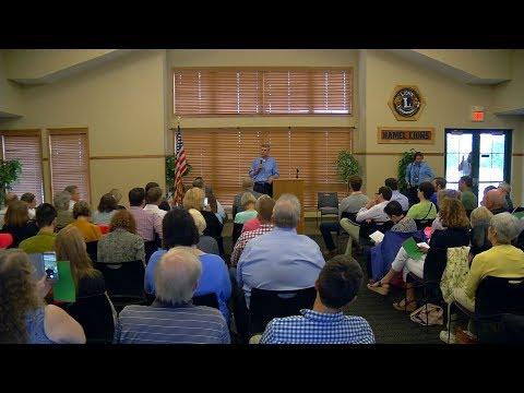 Congressman Erik Paulsen Holds Town Hall Meetings