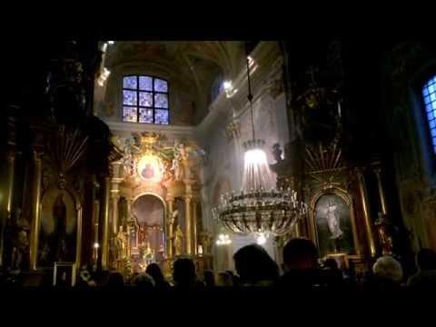 Служба в костёле святой Анны