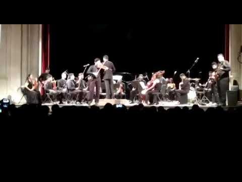Teatro sofre apagão em Fortaleza, e orquestra mantém concerto à luz de celulares; vídeo